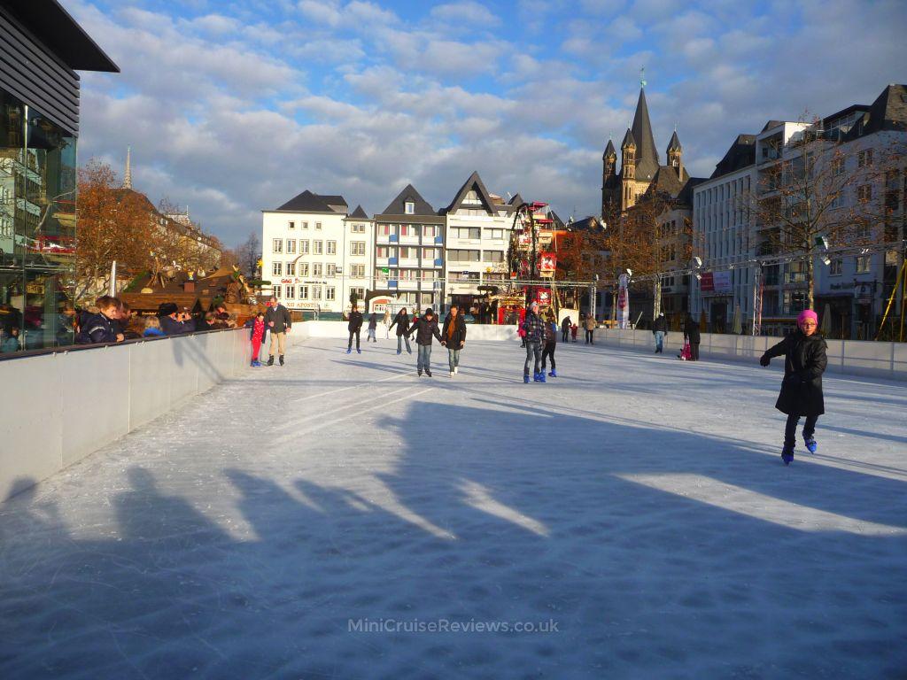 Heumarkt ice rink