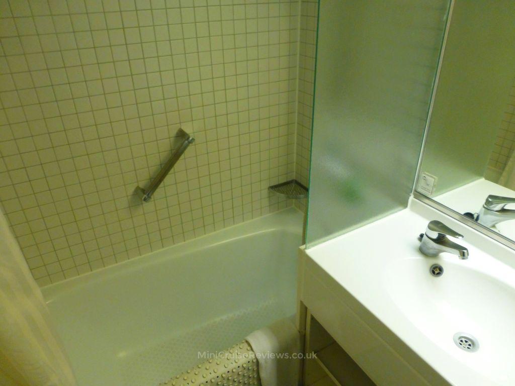 A Small But Deep Bathtub